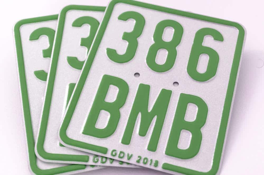Mofaschild grün Versicherungskennzeichen 2019